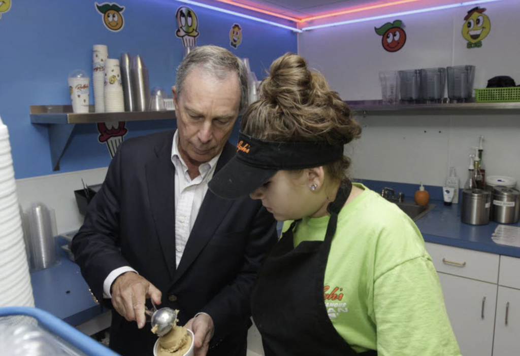 Mayor Bloomberg at Ralph's Ices